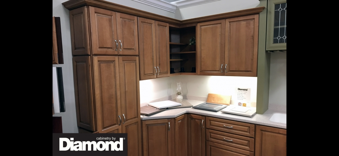 Diamond Distinction kitchen display at Waterloo HEP Sales/North Main Lumber, 0446 Waterloo Geneva Road